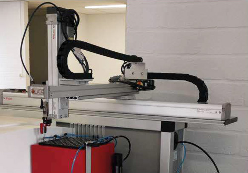 Sample changer for automated droplet size determination